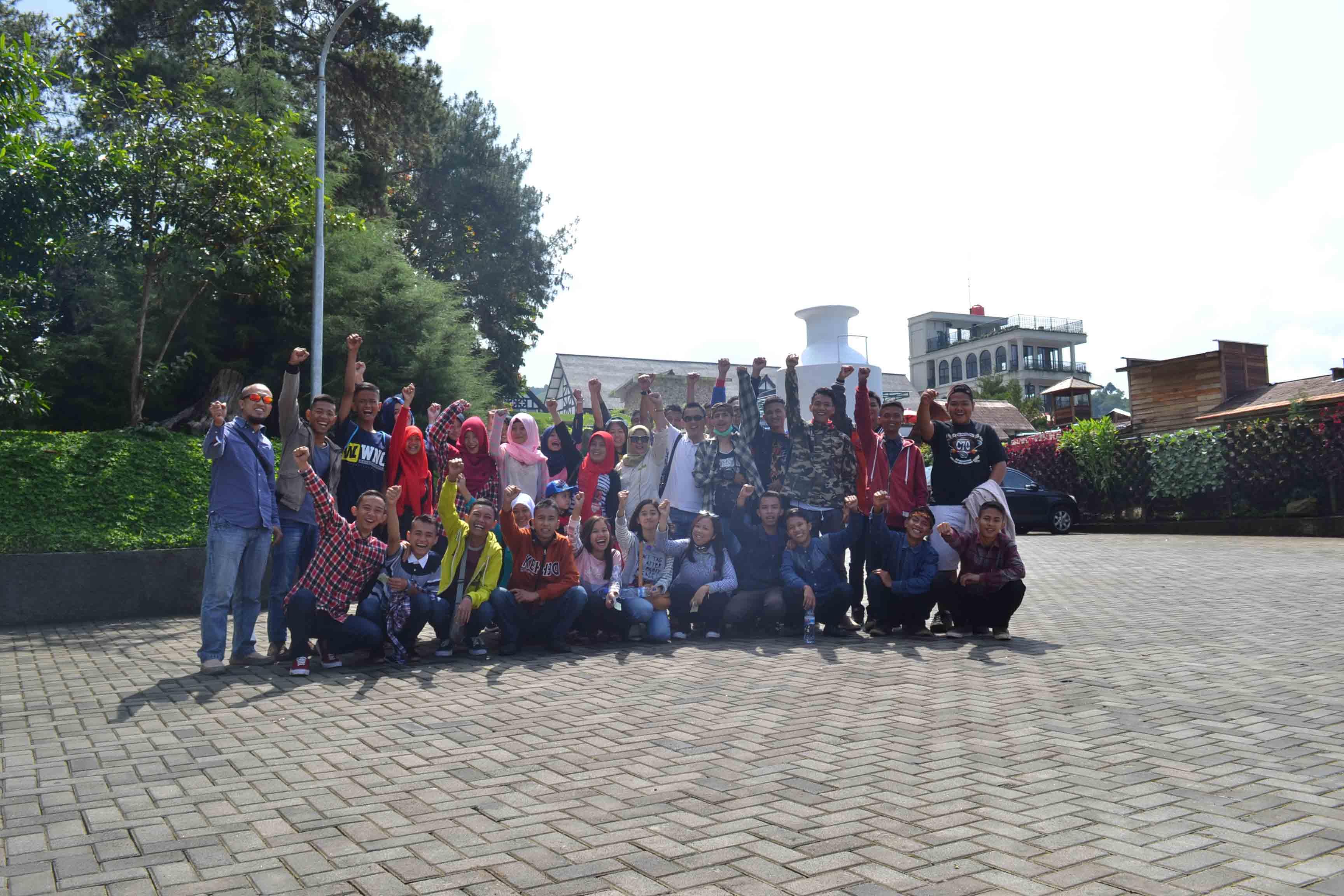 Sman 10 Garut - Bandung City Tour (lembang)